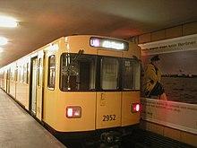 F92 U-Bahn Berlin.JPG