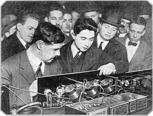 Hazeltine's prototype Neutrodyne receiver, presented at a March 2, 1923 meeting of the Radio Society of America at Columbia University. First neutrodyne radio receiver.jpg