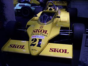 Fittipaldi Automotive - Fittipaldi F8: The car was designed by Harvey Postlethwaite and Adrian Newey.