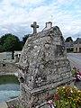 Fontaine Saint-Brieuc de Cruguel 06.jpg