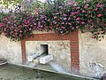 Fontaine de l'église de Beynost - 3.jpg