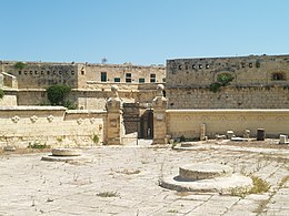 Fort St. Elmo, Valletta - panoramio.jpg