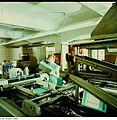 Fotothek df n-35 0000012 Facharbeiter für buchbinderische Verarbeitung.jpg