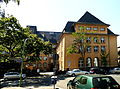 Frankfurt, Max-Beckmann-Schule, Rückseite.JPG