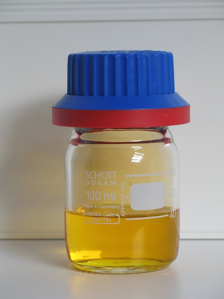 Fuming nitric acid 40ml