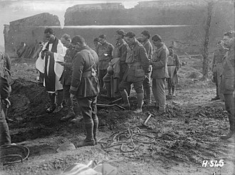 New Zealand (Māori) Pioneer Battalion - New Zealand Pioneer Battalion soldiers at the funeral of Lieutenant-Colonel King at Ypres, October 1917