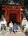 Fushimi-Inari Taisha (11121905194).jpg