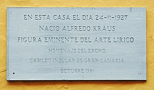 Alfredo Kraus - Memorial tablet on the birthplace of Alfredo Kraus in the Calle de Colón in Las Palmas, Gran Canaria