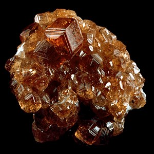 Garnet. Jeffery Mine, Quebec, Canada. Bureau o...