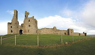 Dunstanburgh Castle - Dunstanburgh Castle from the south-east