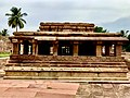 Gaudargudi temple at Galaganatha temple complex.jpg