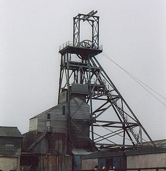 Geevor Tin Mine - Victory shaft headgear