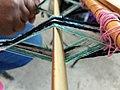 Geometría del telar, machete separando la urdimbre.jpg