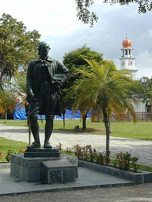 Penang - A bronze statue of Captain Francis Light still stands within Fort Cornwallis in George Town.