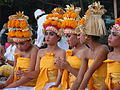 Girls in traditional Hindu dress in Bali Indonesia.jpg