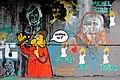 Graff à la mémoire de Charlie Hebdo (16120363170).jpg