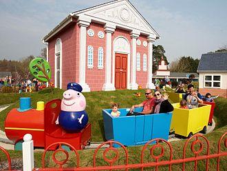 Paultons Park - Image: Grandpa Pigs Little Train Ride at Peppa Pig World Paultons Park (27833495825)