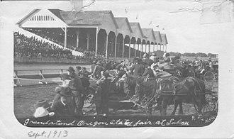 Oregon State Fair - Image: Grandstand at Oregon State Fair, Salem, Oregon (3230144112)