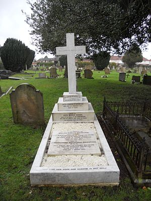 William Birdwood - Grave of William Birdwood and family in Twickenham Cemetery