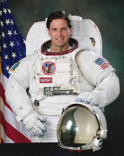 Gregory J. Harbaugh American astronaut