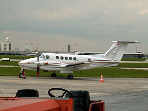 HB-GPI Technomag AG Beech 300 Super King Air.JPG