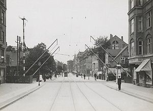 H. C. Ørsteds Vej - The railroad crossing Klampenborg Line crossd H. C. Ørsteds Vej as viewed from the south in the 1910s