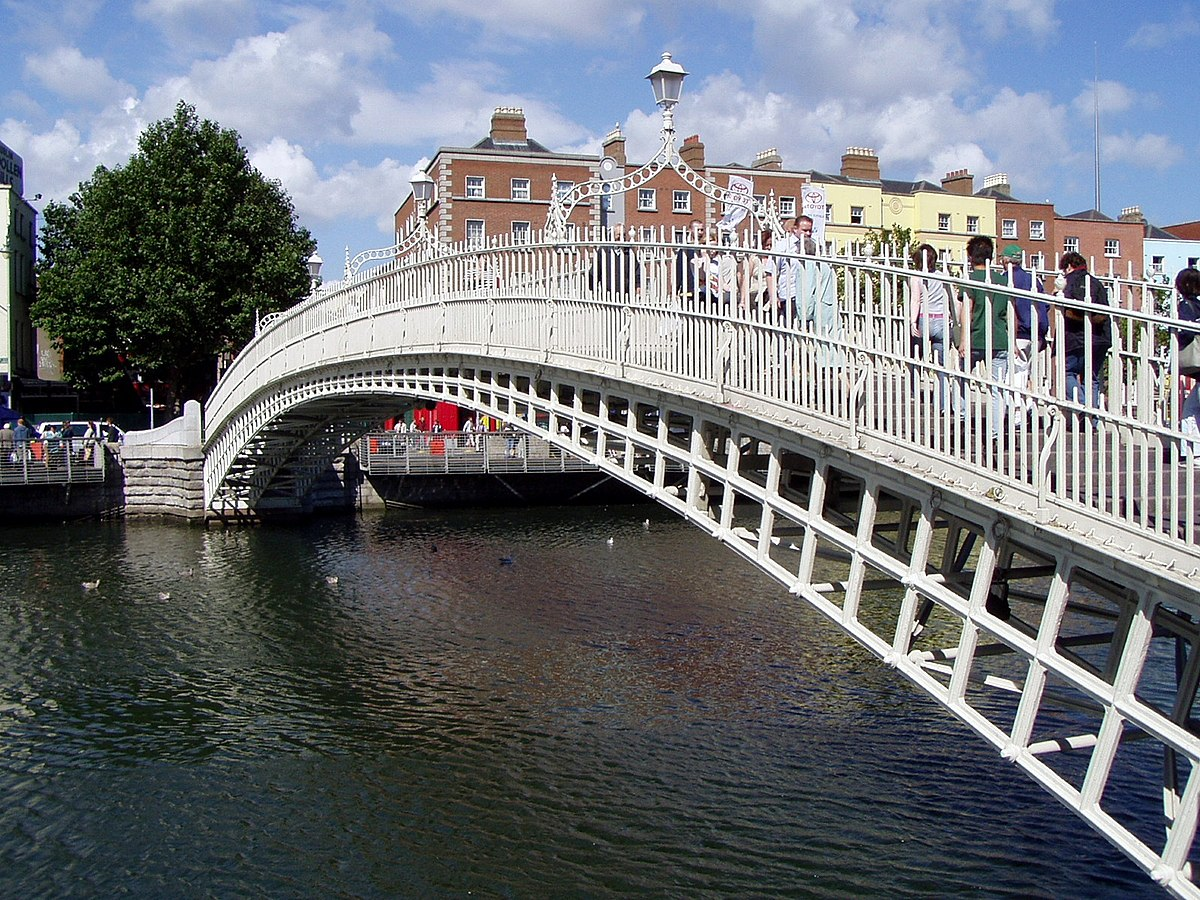 Ha'penny Bridge - Wikipedia