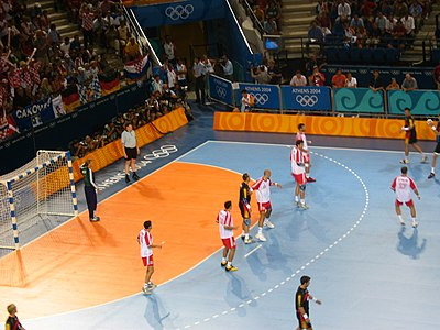 Handball at the 2004 Summer Olympics – Final of men's tournament.jpg