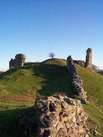 Harbottle Castle - Image: Harbottlecastle 1