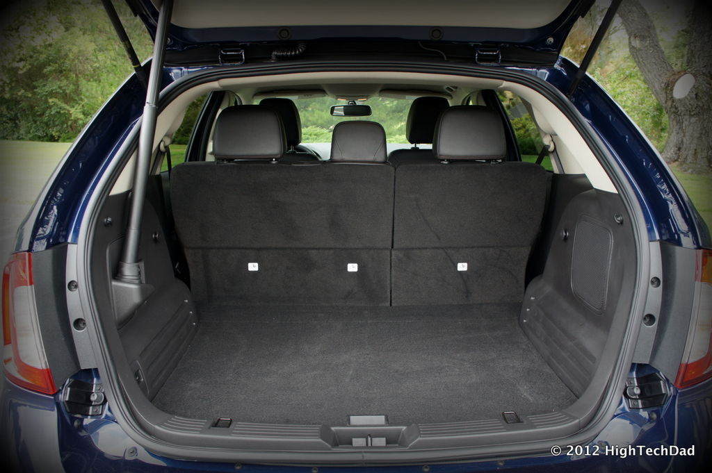 File:Hatchback Cargo Space - 2012 Ford Edge (7549891004 ...