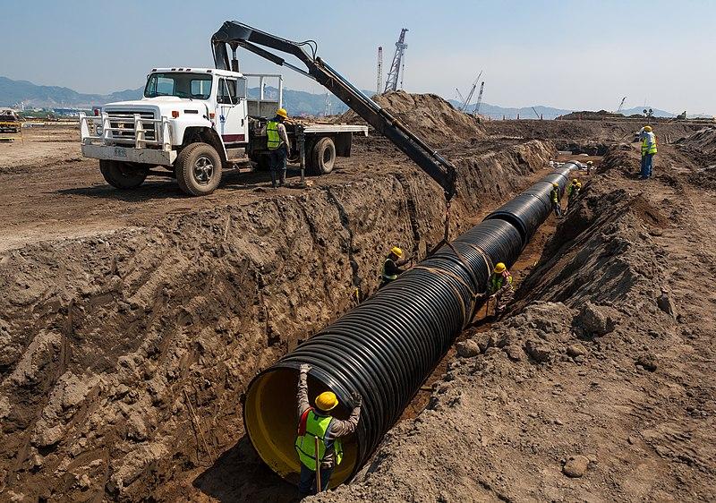 Hdpe pipe installation.jpg