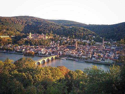 Heidelberg from Philosophenweg.jpg