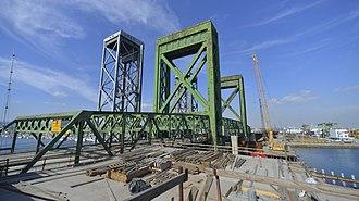 Commodore Schuyler F. Heim Bridge - Image: Heim 17 jan 27 2014