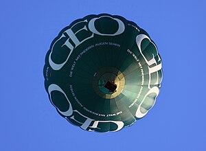 GEO (magazine) - Hot air ballon with GEO advertising