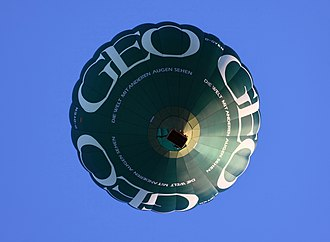 GEO (magazine) - Hot air ballon with GEO advertising
