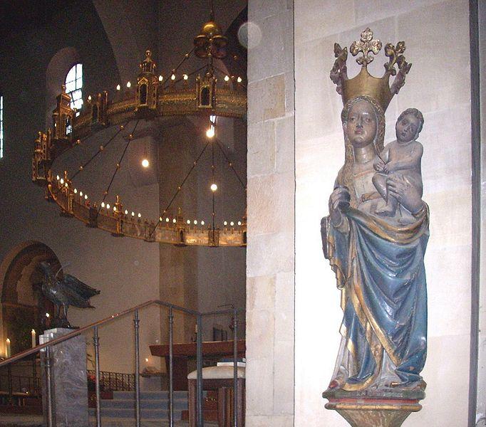 File:Hildesheim Dom Tintenfassmadonna.jpg