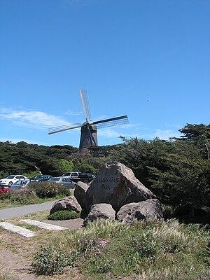 Golden Gate Park windmills - Image: Historic Dutch windmill in Golden Gate Park, San Francisco