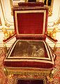 Hofmobiliendepot - Thronsessel von Kaiser Franz II.jpg