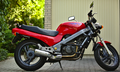Honda NTV650 Motorcycle (1993) Right Side (14584743598).png