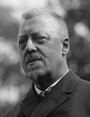 Hugo Eckener - Hugo Eckener in 1924