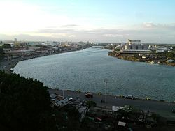 Iloilo River towards the provincial capitol.jpg