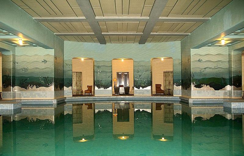 Best La Hotels Near Beach