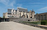 Inner courtyard and chapel, Château d'Angers, West view 20170611 1.jpg
