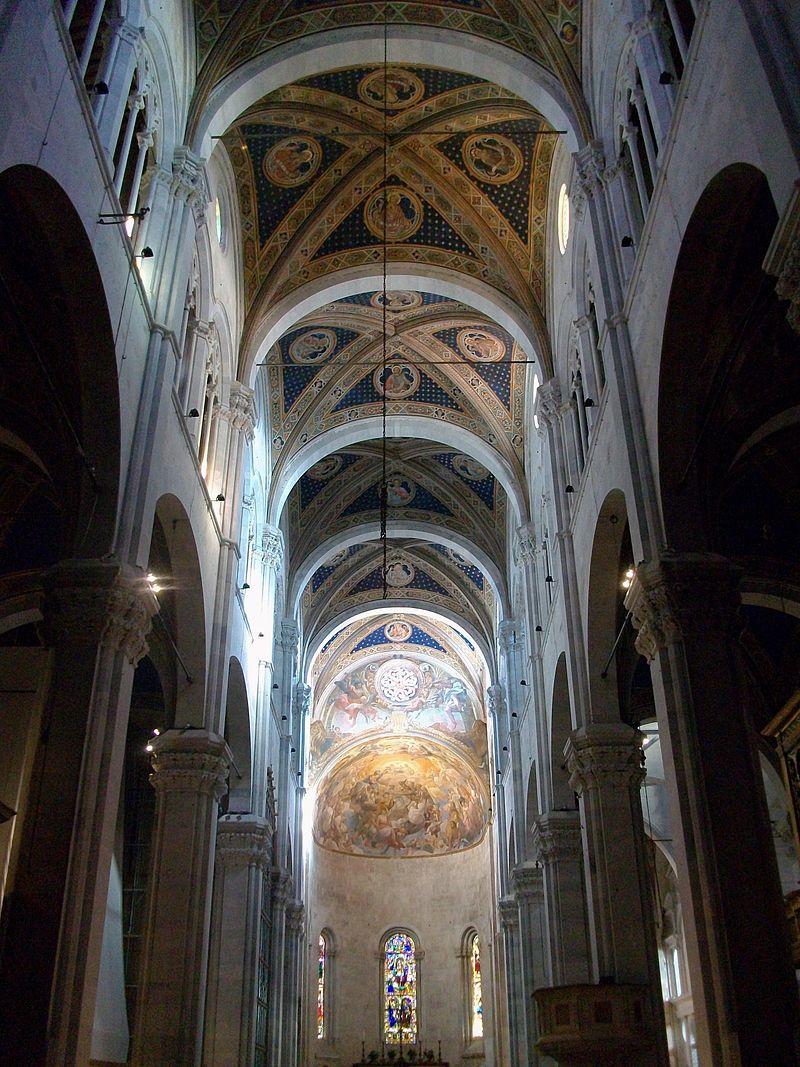Interior de la catedral de Lucca.JPG