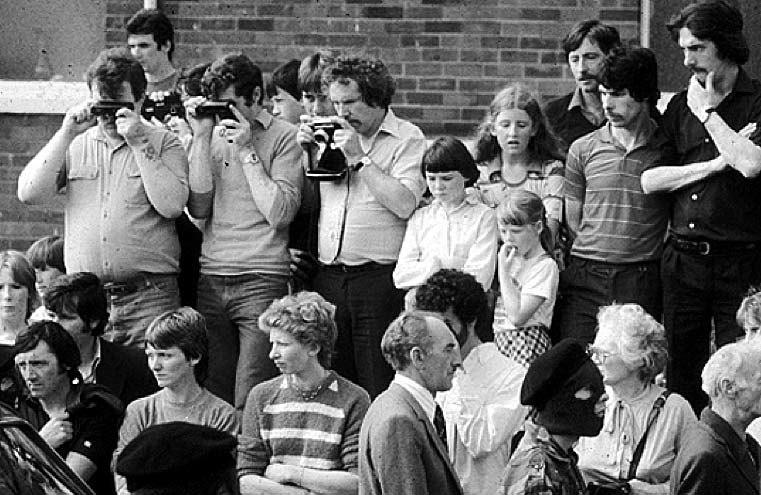 Ira funeral1981