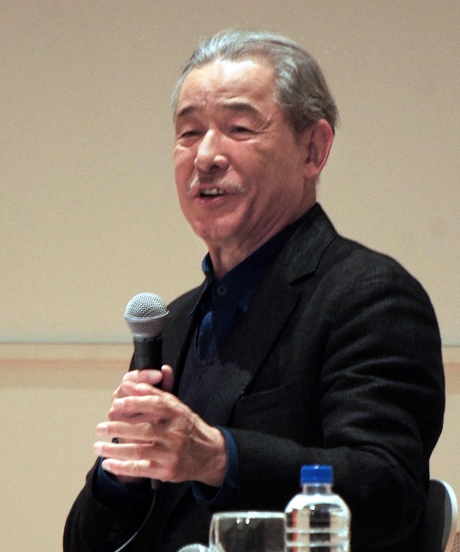 Issey Miyake - Wikipedia