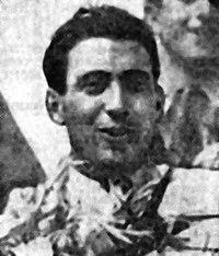 Jean Trémoulet après sa victoire aux 24 Heures du Mans 1938.jpg