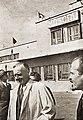 Joachim von Ribbentrop at Moscow Aeroport (1939-08).jpg