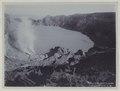 KITLV - 5816 - Kurkdjian - Soerabaja - Crater lake at the Ijen Plateau in East Java - circa 1910.tif