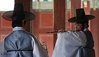 KOCIS Korea Changyeonggung Morning Gukak 20130817 05 (9561139610).jpg